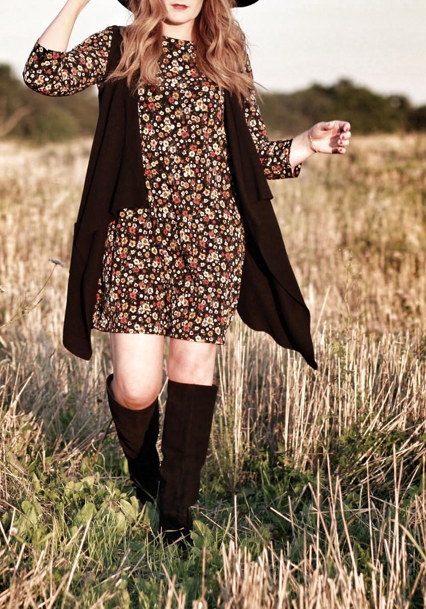 Fall florals, fall fashion
